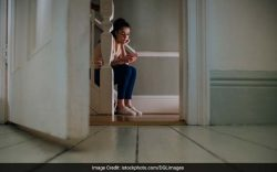Social media can introduce depressed people to negative spaces, aggravating their condition
