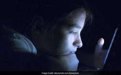 Signs of depression, social isolation, anxiety and shyness were visible in smartphone ''addicts''